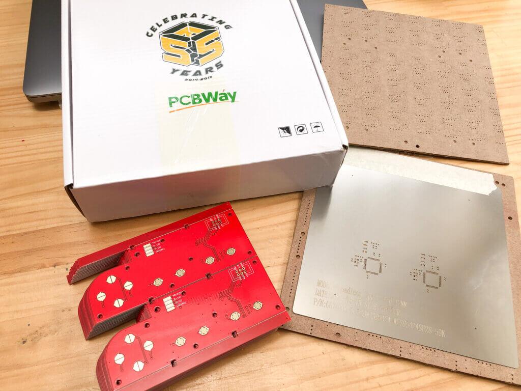 PCBWayの基板とステンシル
